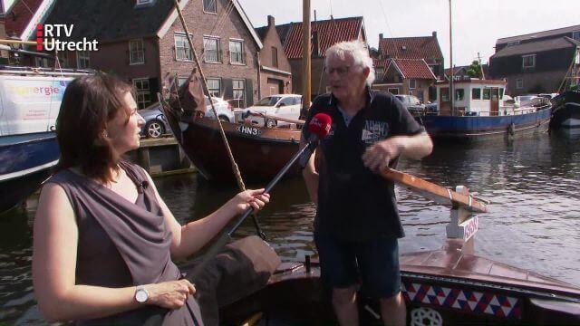 Ulrike Nagel van RTV Utrecht op een Botter